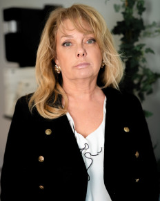 Suzanne Ahlzén-Markai
